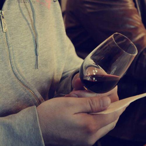 Bordeaux wine expert